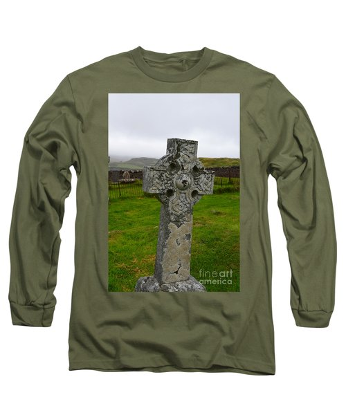 Old Cemetery Stones In Scotland Long Sleeve T-Shirt