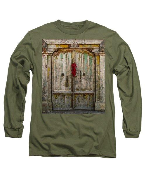 Old Ristra Door Long Sleeve T-Shirt