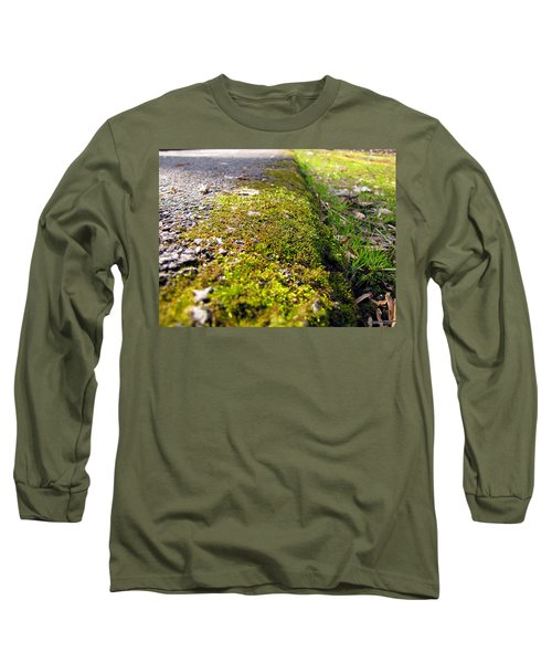 Long Sleeve T-Shirt featuring the photograph Overtaking by Greg Simmons