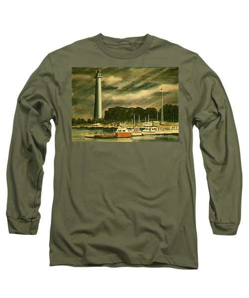 Perrys Monument On Put In Bay Long Sleeve T-Shirt