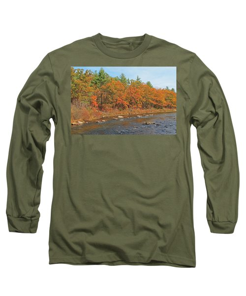 Quinapoxet River In Autumn Long Sleeve T-Shirt
