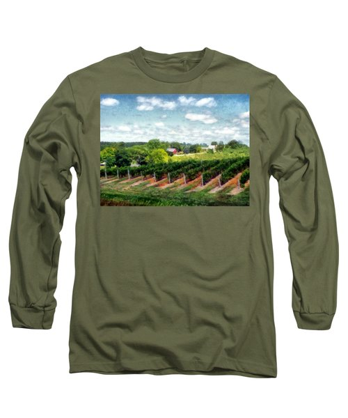 Red Barn On Old Mission Peninsula Long Sleeve T-Shirt