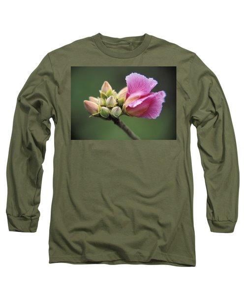 Rosa De Cerrado Long Sleeve T-Shirt
