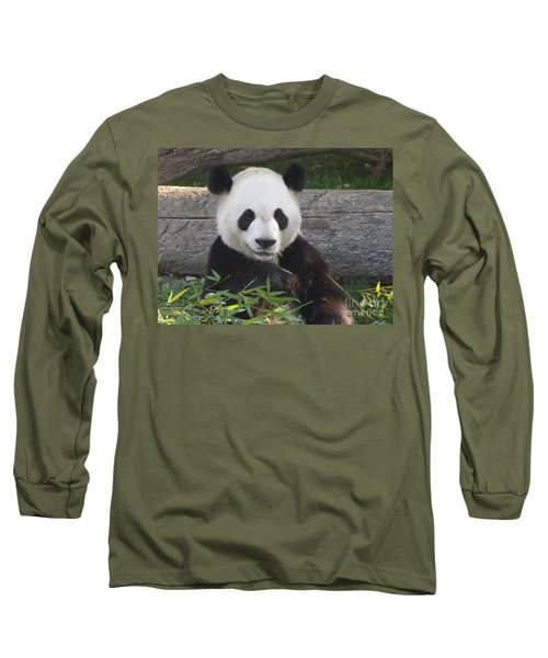 Smiling Giant Panda Long Sleeve T-Shirt
