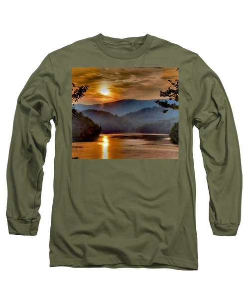 Sunset And Haze Long Sleeve T-Shirt by Tom Culver