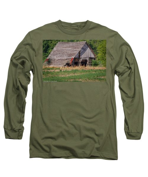 Long Sleeve T-Shirt featuring the photograph The Old Gray Barn by Nick Kirby