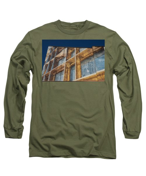 Three Dimensional Optical Illusions - Trompe L'oeil On A Brick Wall Long Sleeve T-Shirt