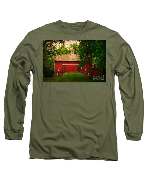 Tinicum Barn In Summer Long Sleeve T-Shirt