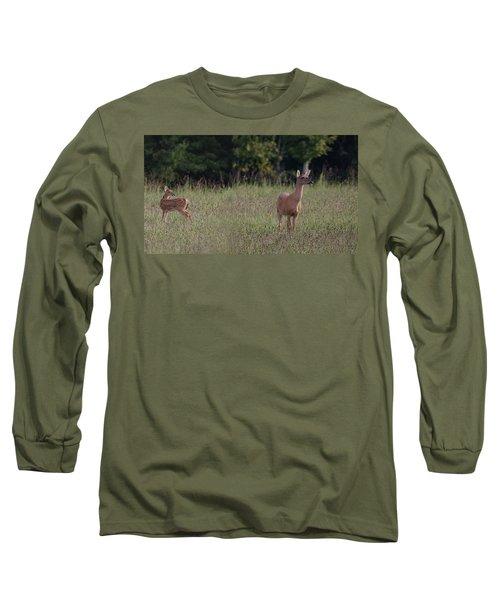 Alert Doe And Fawn Long Sleeve T-Shirt
