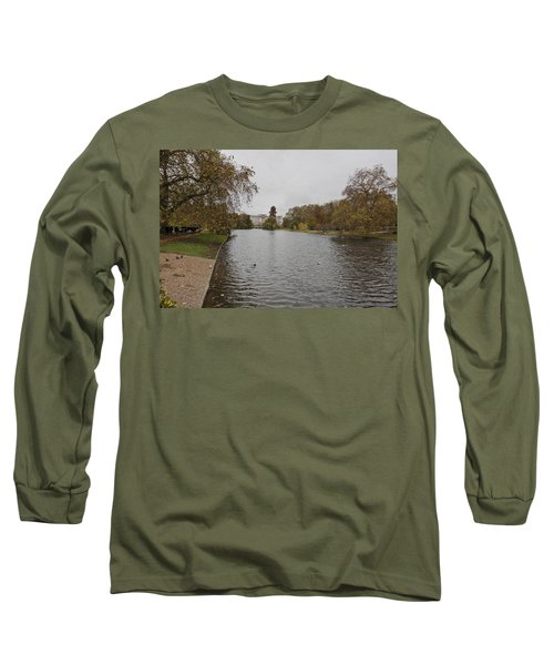 Long Sleeve T-Shirt featuring the photograph Buckingham Palace View by Maj Seda