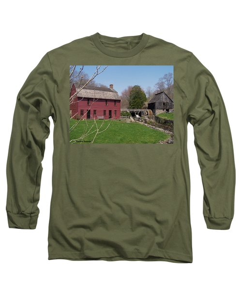 Long Sleeve T-Shirt featuring the photograph Gilbert Stewart Birth Place by Cynthia Amaral