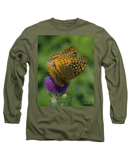 Great Spangled Fritillaries On Thistle Din108 Long Sleeve T-Shirt