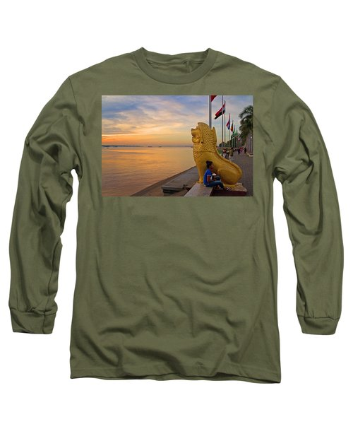 Greeting The Dawn. Long Sleeve T-Shirt
