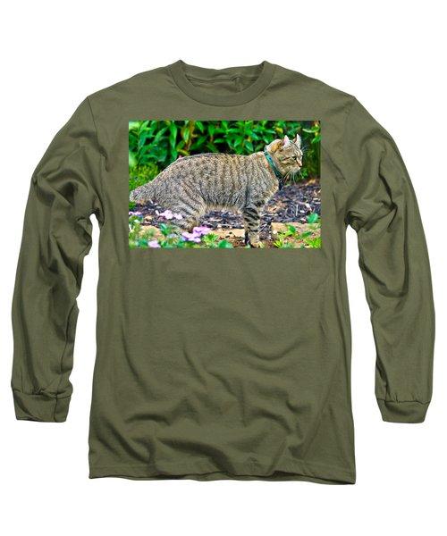 Highland Lynx Cat In Garden Long Sleeve T-Shirt