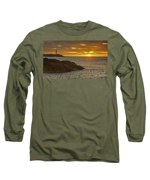 Ninini Point Lighthouse Sunrise Long Sleeve T-Shirt