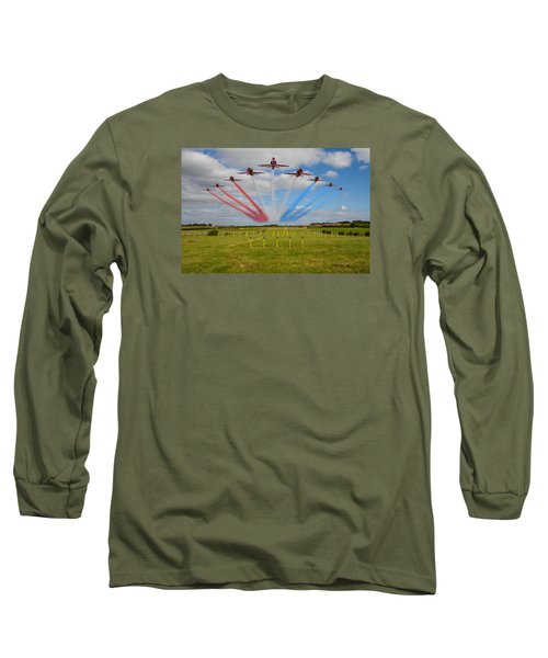 Red Arrows Running In At Brize Long Sleeve T-Shirt by Ken Brannen