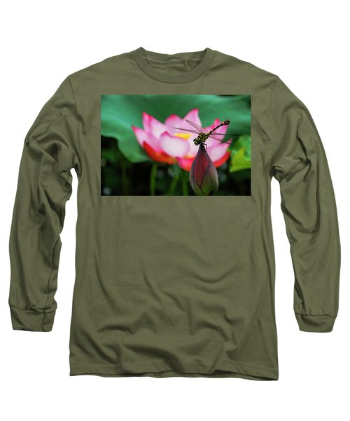 A Dragonfly On Lotus Flower Long Sleeve T-Shirt