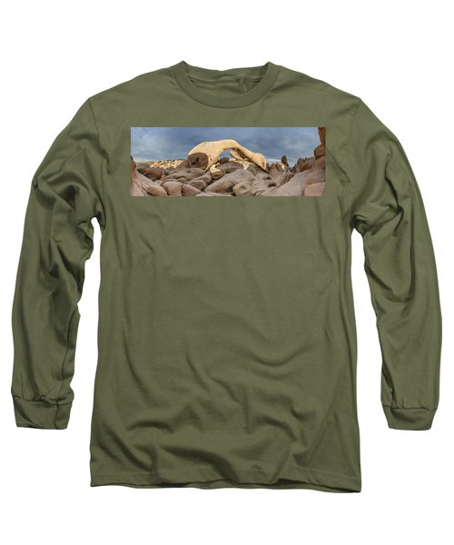 Arch Rock Panorama In Joshua Tree Long Sleeve T-Shirt
