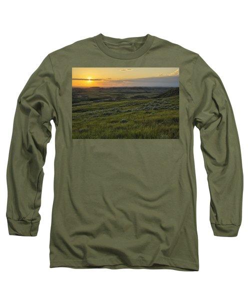 Sunset Over Killdeer Badlands Long Sleeve T-Shirt