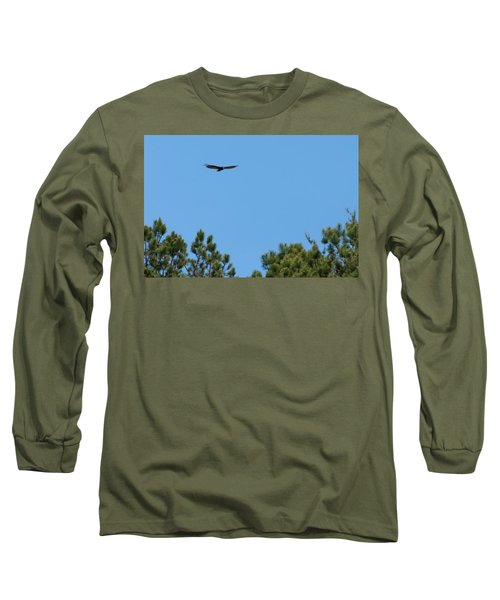 Long Sleeve T-Shirt featuring the digital art Turkey Vulture In Flight by Chris Flees