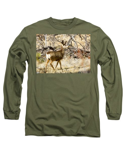 Mule Deer In The Pike National Forest Long Sleeve T-Shirt