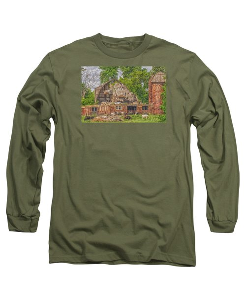 Barn Long Sleeve T-Shirt by Dan Traun