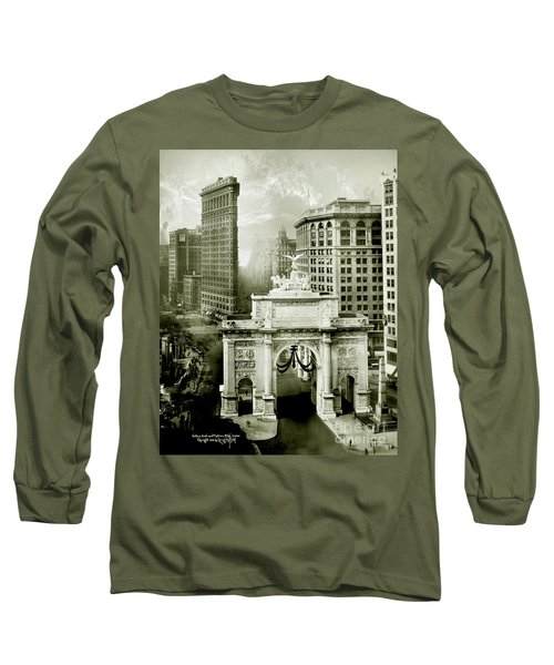 1919 Flatiron Building With The Victory Arch Long Sleeve T-Shirt