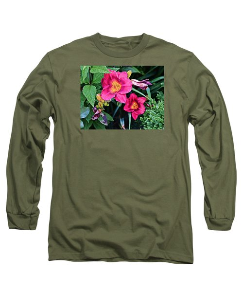 2015 Summer At The Garden Strawberry Candy Daylily 2 Long Sleeve T-Shirt