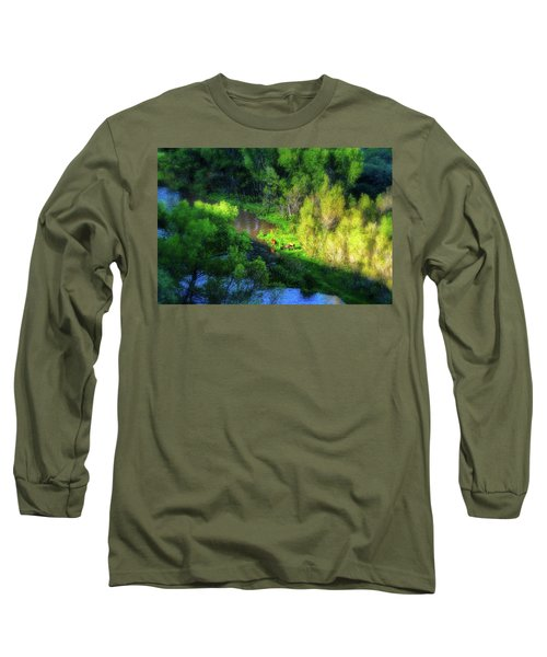 3 Horses Grazing On The Bank Of The Verde River Long Sleeve T-Shirt