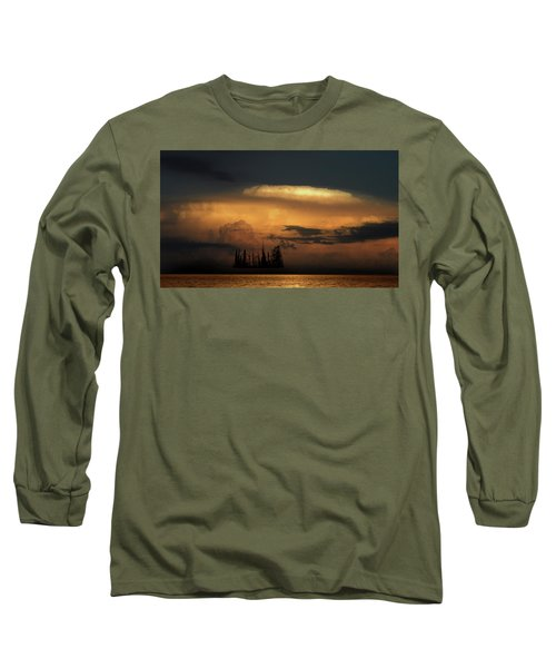Long Sleeve T-Shirt featuring the photograph 4476 by Peter Holme III