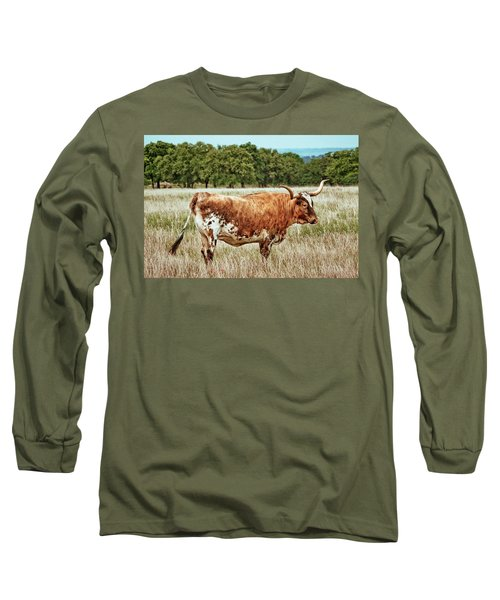 Long Sleeve T-Shirt featuring the photograph A Texas Legend by Linda Unger