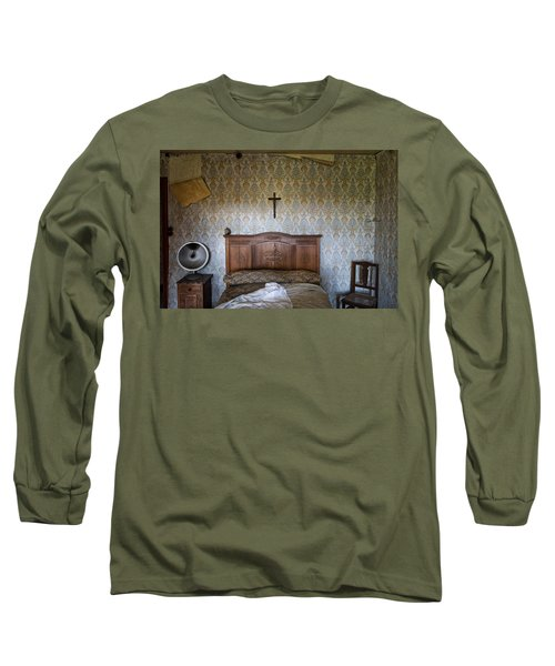 Long Sleeve T-Shirt featuring the photograph Abandoned Bed Room - Urban Exploration by Dirk Ercken