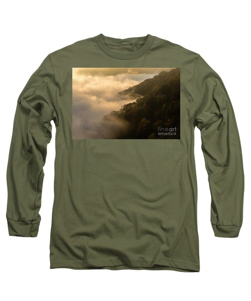 Long Sleeve T-Shirt featuring the photograph Above The Mist - D009960 by Daniel Dempster