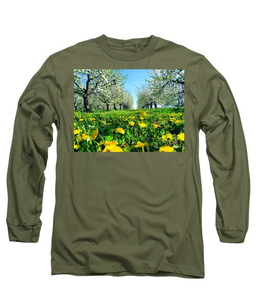 Apple Orchard, Nova Scotia, Annapolis Valley Long Sleeve T-Shirt