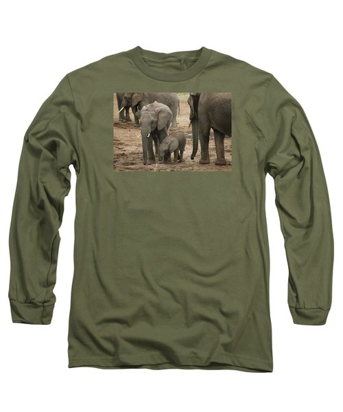 Long Sleeve T-Shirt featuring the photograph At The Salt Lick 2 by Gary Hall