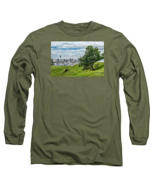 Auckland Skyline Long Sleeve T-Shirt