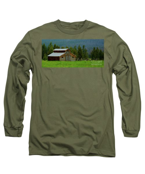 Barn In Rocky Mtn National Park Long Sleeve T-Shirt