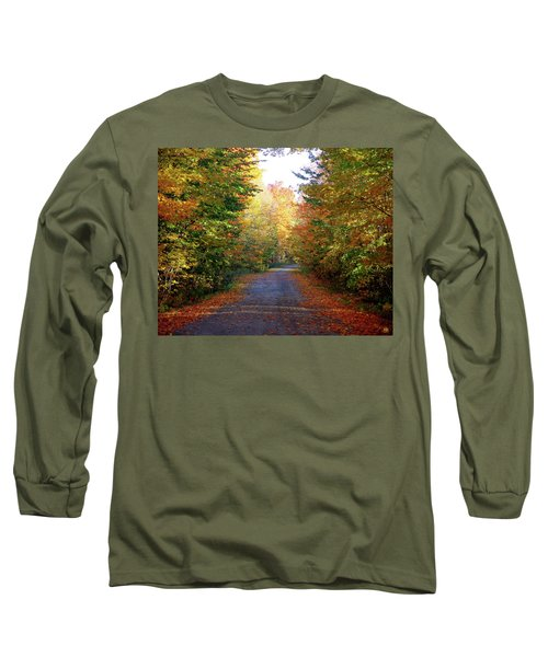 Barnes Road - Cropped Long Sleeve T-Shirt