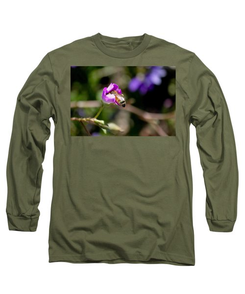 Bashful Bee  Long Sleeve T-Shirt