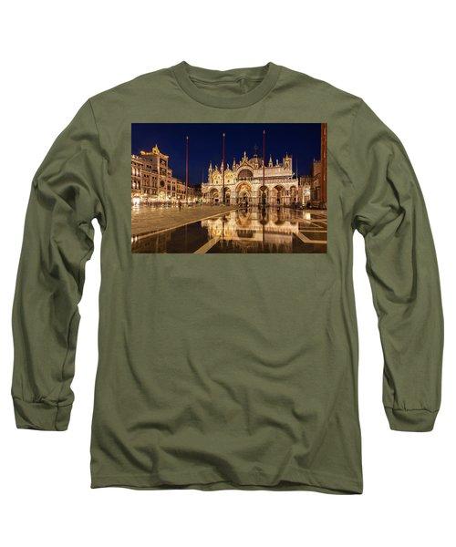 Basilica San Marco Reflections At Night - Venice, Italy Long Sleeve T-Shirt