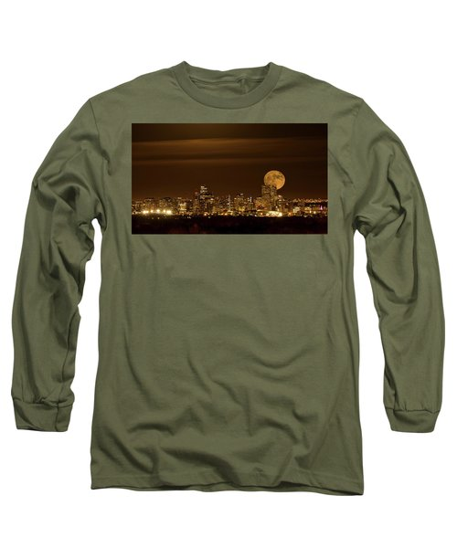 Beaver Moonrise Long Sleeve T-Shirt
