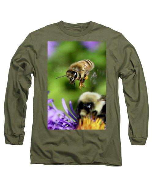 Bee In Flight  Long Sleeve T-Shirt