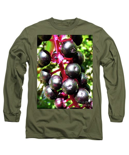 Wild Purple Pokeweed Berries  Long Sleeve T-Shirt