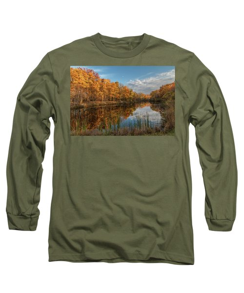 Beyer's Pond In Autumn Long Sleeve T-Shirt