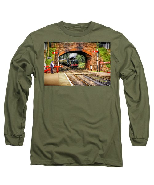Bishops Lydeard Station, Uk Long Sleeve T-Shirt