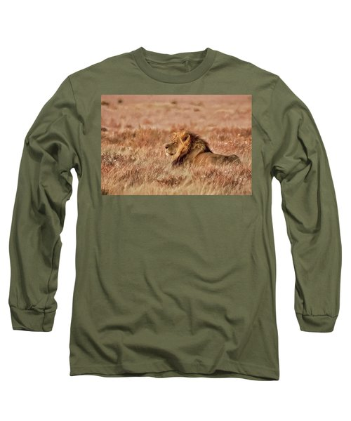 Black-maned Lion Of The Kalahari Waiting Long Sleeve T-Shirt