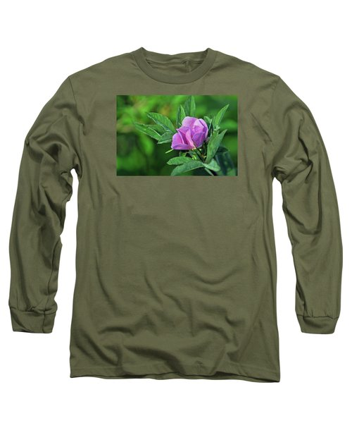 Long Sleeve T-Shirt featuring the photograph Bloomin by Glenn Gordon