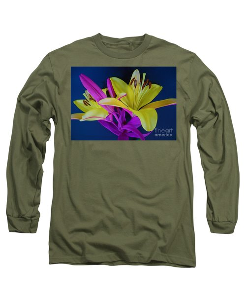 Long Sleeve T-Shirt featuring the photograph Bold Beautiful Flowers by Ray Shrewsberry