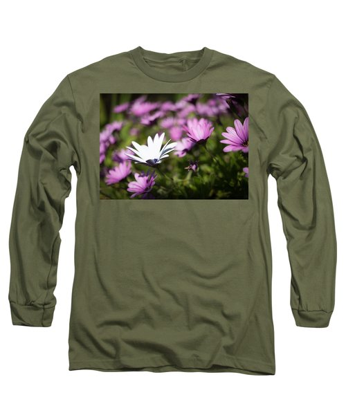 Long Sleeve T-Shirt featuring the photograph Born To Stand Out by Lora Lee Chapman