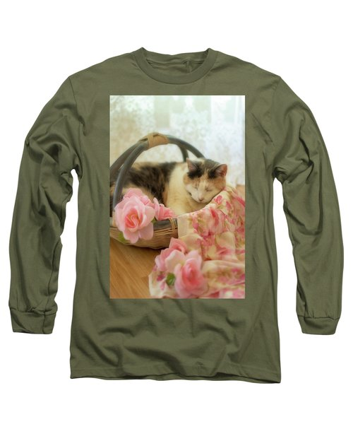 Calico Kitty In A Basket With Pink Roses Long Sleeve T-Shirt